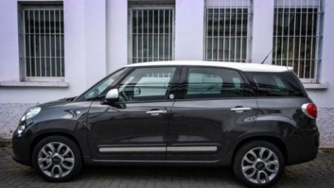 fiat 500l living twinair cng lounge 2014 gebruikerservaring autoreviews. Black Bedroom Furniture Sets. Home Design Ideas