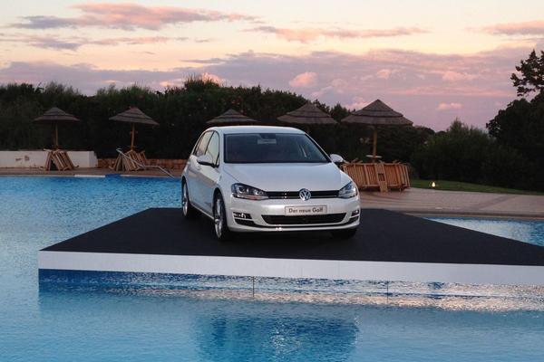 Verkoop Volkswagen neemt licht af