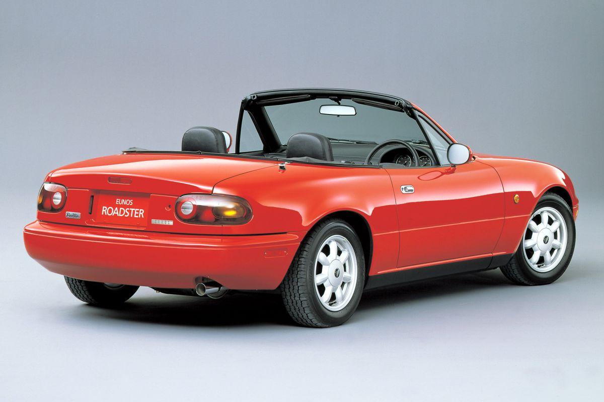 Mazda Japan gaat NA zelf restaureren