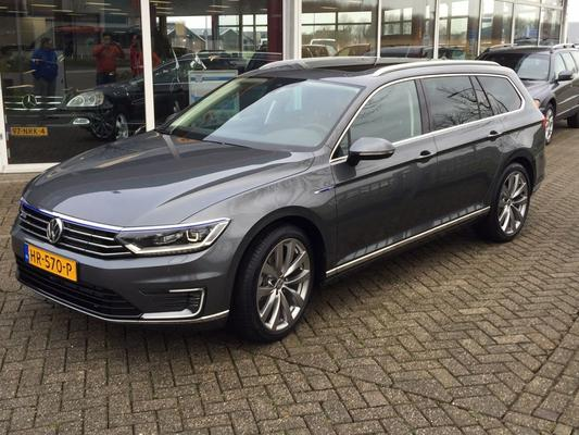 volkswagen passat variant 1 4 tsi phev gte highline 2015 gebruikerservaring autoreviews. Black Bedroom Furniture Sets. Home Design Ideas