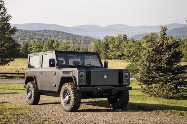 Stekkerwerk: Bollinger Motors B1