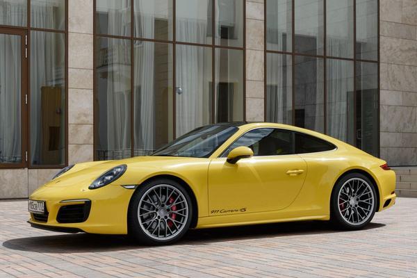 Modeljaarupdates bij Porsche