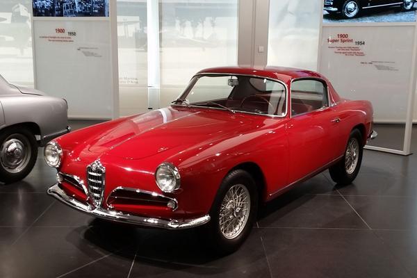 Weblog: Mijmerend door het Alfa Romeo-museum