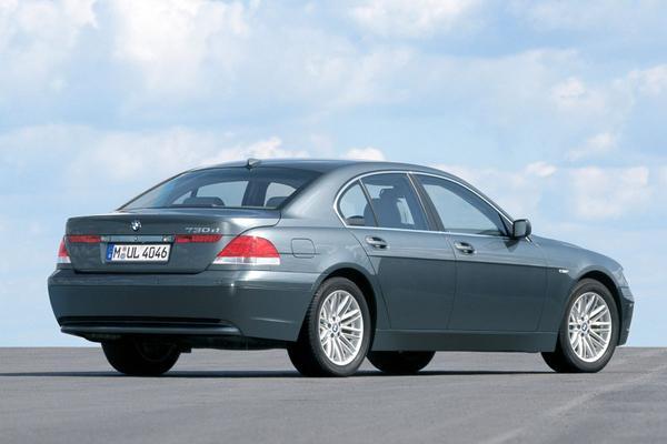 Chris Bangle uit forse kritiek op autodesign