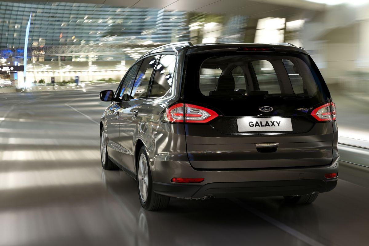 2015 - [Ford] Galaxy III - Page 7 Vgyyxa0bu60o