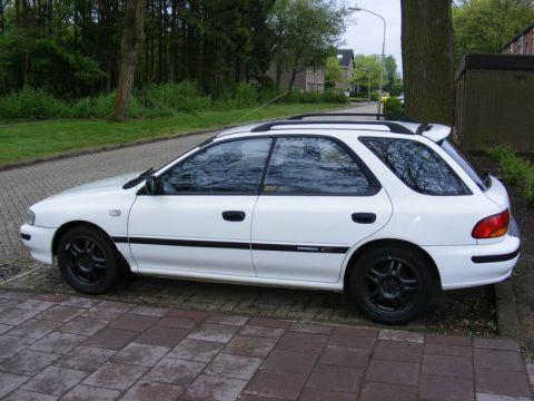 Subaru Impreza Plus 1.6 GL 1994
