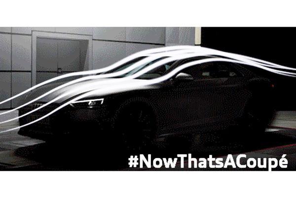 Audi A5 schemert door