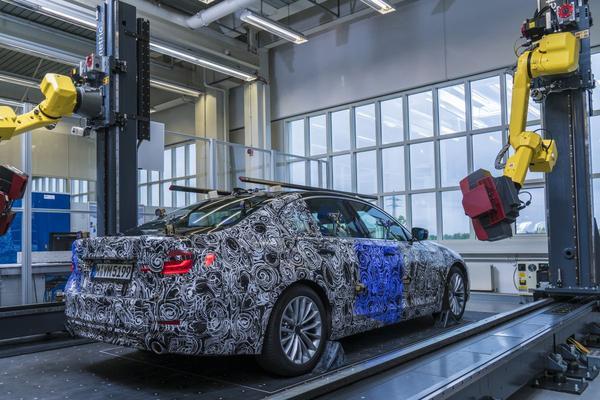 BMW toont 'geautomatiseerde optische meetcel'