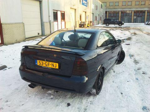 Opel Astra Coupé 2.2i-16V 2000