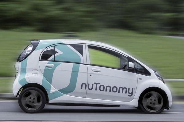 Eerste zelfrijdende taxi ter wereld in Singapore