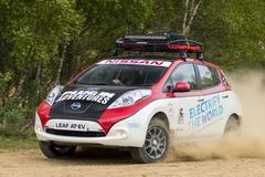 Nissan Leaf AT-EV als modderzoemer