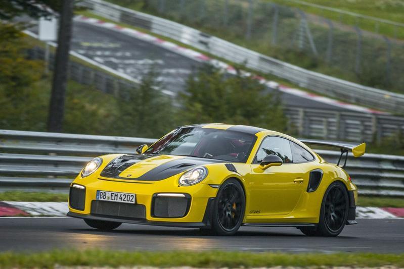 Porsche 911 GT2 RS breekt Ringrecord