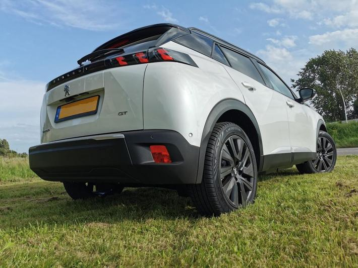 Peugeot e-2008 GT Pack EV 50kWh 136 (2021)