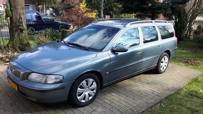 Volvo V70 2.4 D5 (2002)
