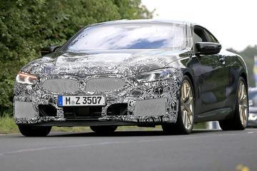 Gefacelifte BMW 8-serie Coupé op pad