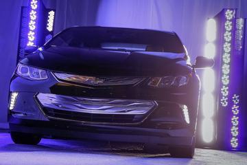Chevrolet parkeert Volt in donker hoekje