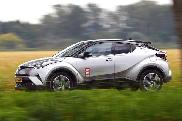 Terugroepactie voor Toyota C-HR en Prius
