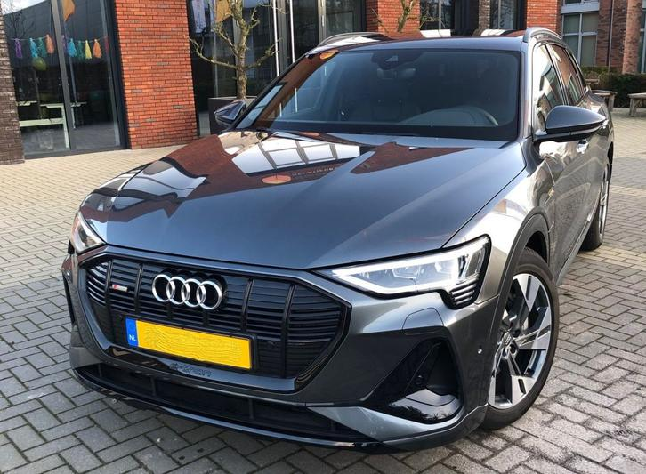 Audi e-tron 50 quattro Launch Edition Black (2019)