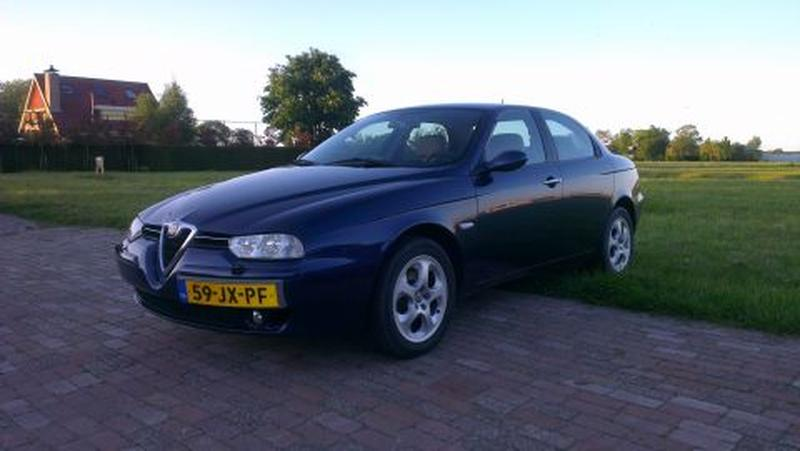 Alfa Romeo 156 2.5 V6 24V Distinctive (2002)