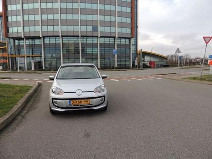 Volkswagen Up! 1.0 60pk BMT high up! (2013)