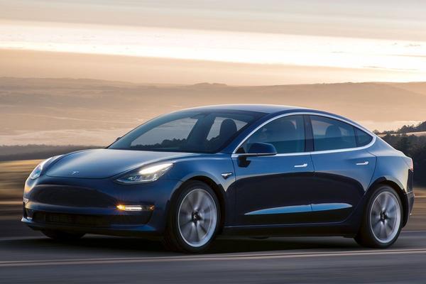 Tesla Model 3 krijgt luchtvering