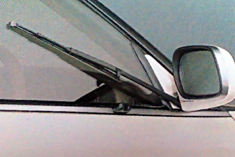 Toyota Mark II zijruitenwisser
