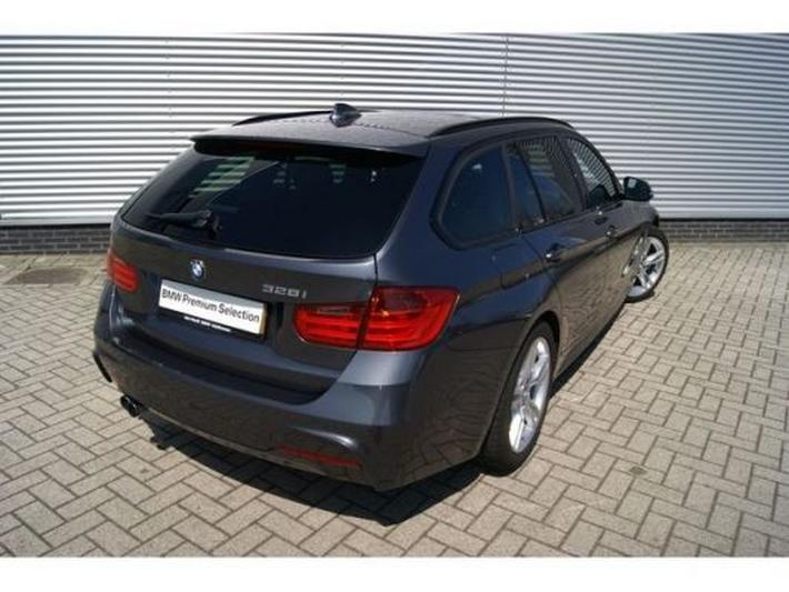 BMW 328i Touring High Executive (2012) #4