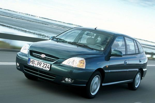 Facelift Friday: Kia Rio (2002)