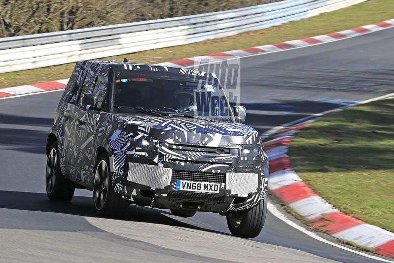 Land Rover Defender spyshos