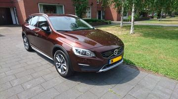 Volvo V60 Cross Country D3 Nordic+ (2017)