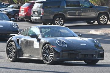 Porsche 911 Turbo en GTS gesnapt