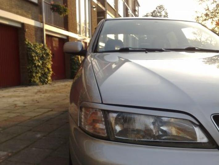 Nissan Primera 2.0 GT (1998)