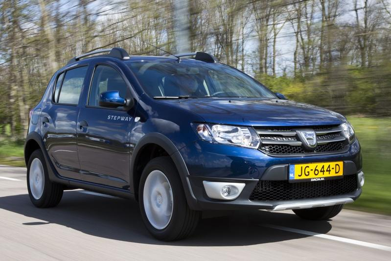 dacia sandero stepway tce 90 easyr eerste rijtest. Black Bedroom Furniture Sets. Home Design Ideas