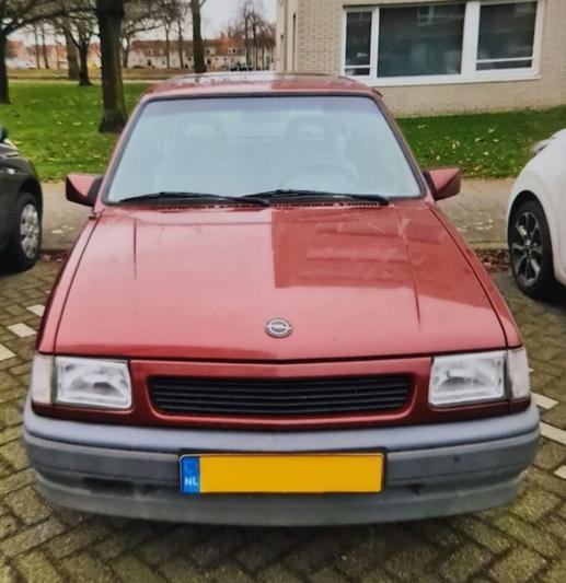 Opel Corsa (1993)