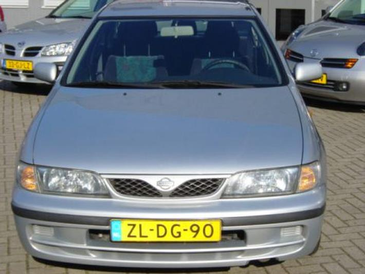 Nissan Almera 1.6 SLX (1999)