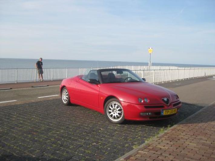 Alfa Romeo Spider 1.8 T.Spark 16V (1998)