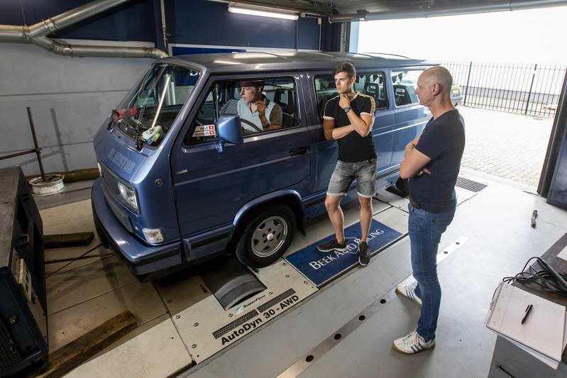 Volkswagen Multivan - Op de Rollenbank
