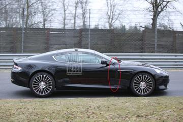 Aston Martin test DB9 met extra centimeters
