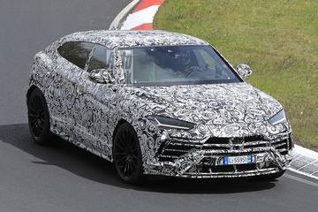 Lamborghini Urus Evo jaagt over de Nürburgring