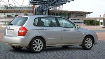 Kia Cerato 1.6 LX (2005)