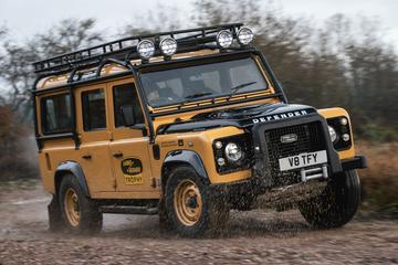 Land Rover gaat vorige Defender met V8 weer bouwen