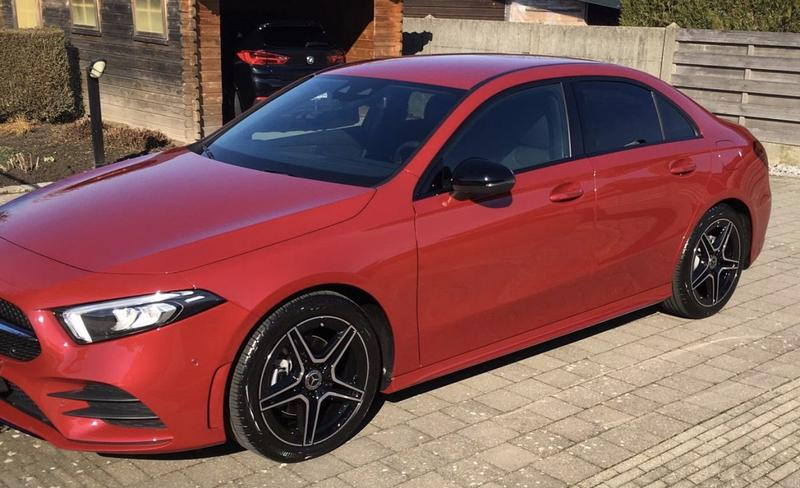 Mercedes-Benz A 180 Business Solution AMG (2021)