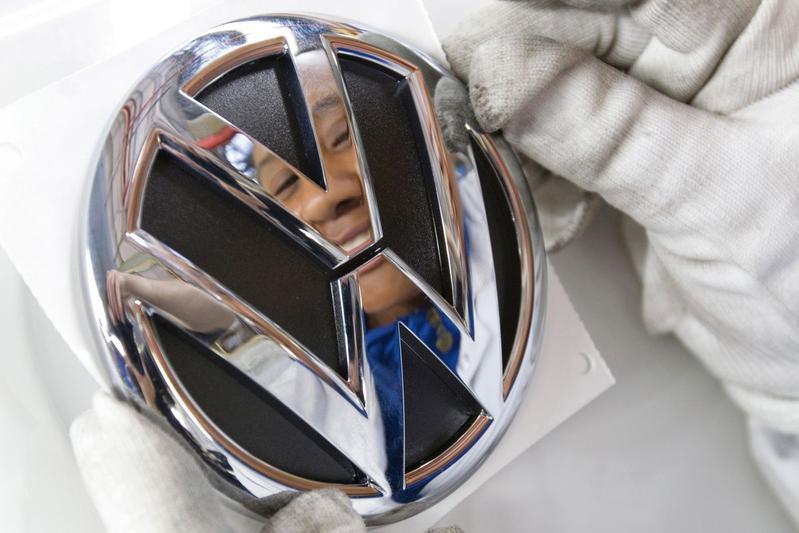 Benzinebeschuldigingen VW al onderzocht