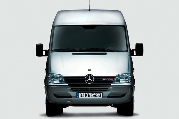Facelift Friday: Mercedes-Benz Sprinter