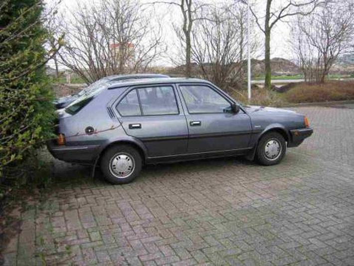 Volvo 340 Special 1.4 (1990)