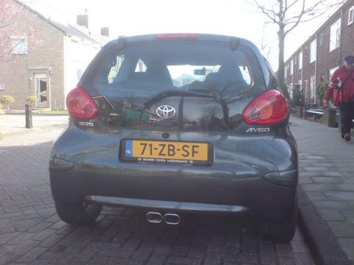 Toyota Aygo 1.0 12v VVT-i Sport (2007)