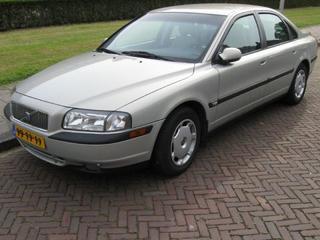 Volvo S80 2.4 170pk (2001)