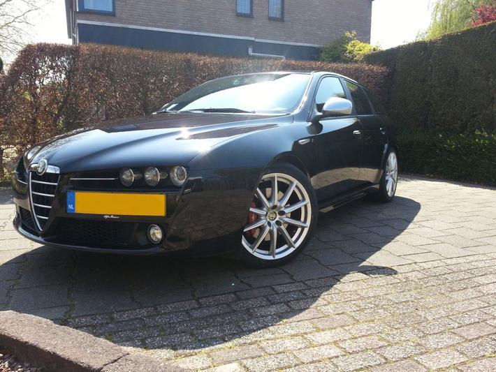 Alfa Romeo 159 Sportwagon 2.4 JTDm 20v TI (2008)