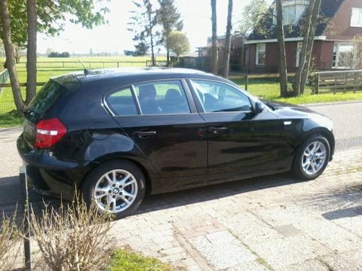 BMW 118i (2008)