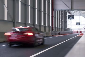 AutoWeek LAB bezoekt Tesla in Tilburg